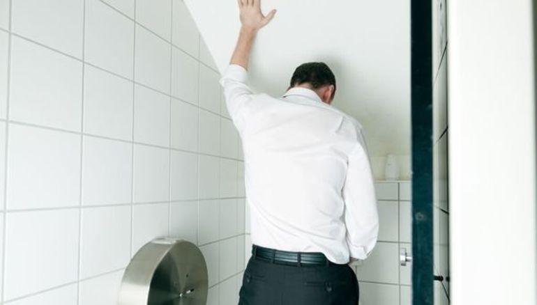 Болезненное мочеиспускание в конце у мужчин лечение thumbnail