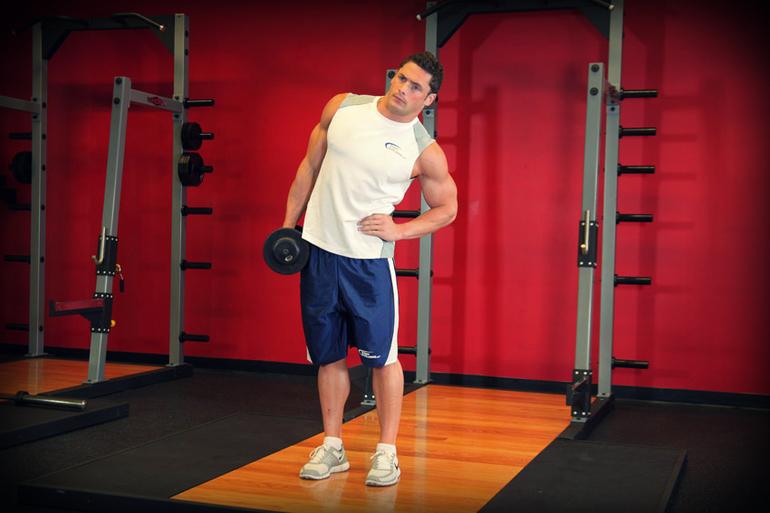 Упражнения в зале на пресс для мужчин