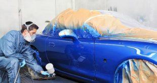 Процесс покраски кузова в синий цвет