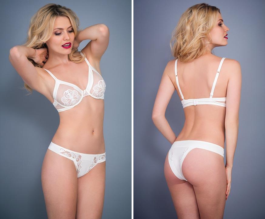 Прозрачный атласный комплект нижнего белья на эстетичной девушке: классические трусы