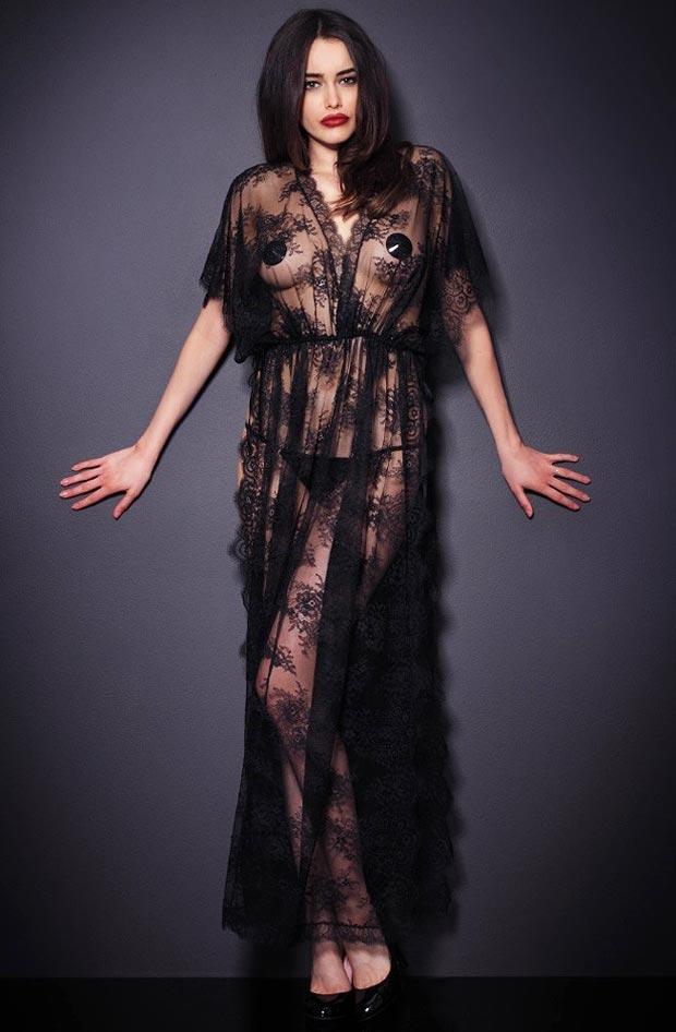 Девушка в волшебном элитном секси нижнем белье, комплект с секси трусиками