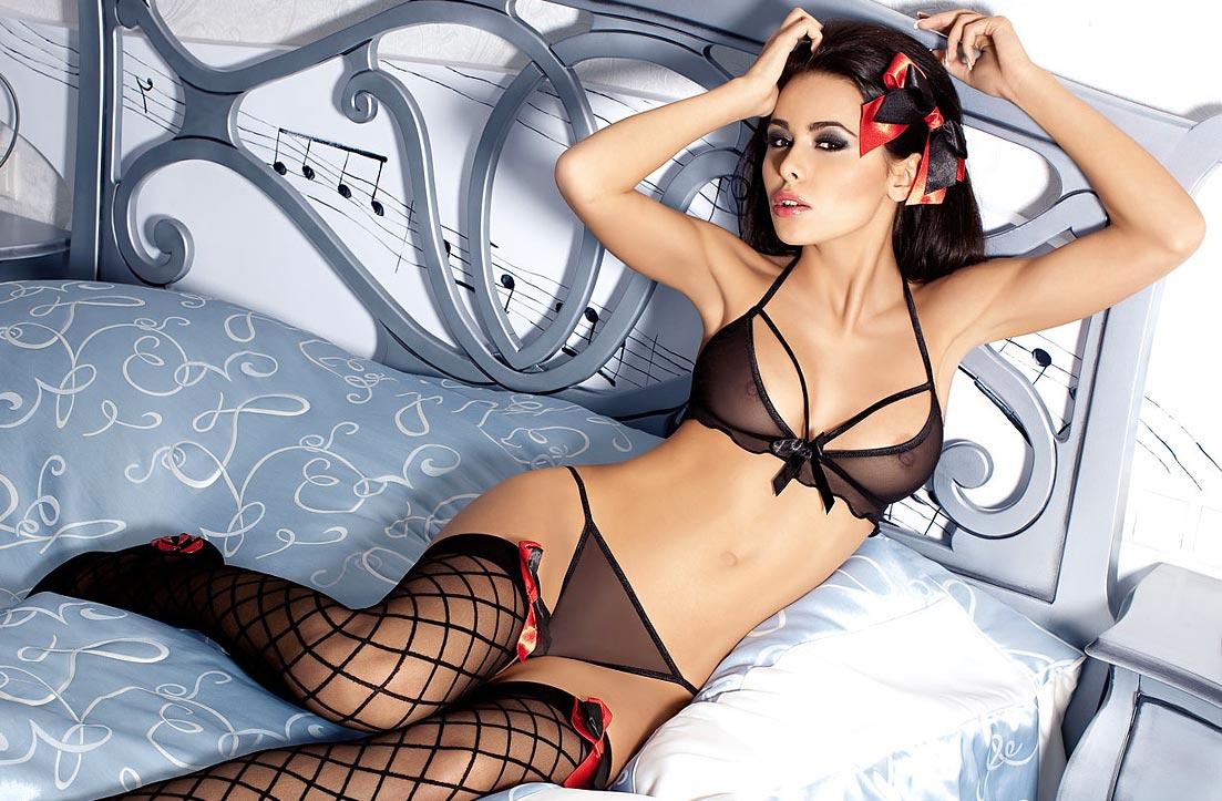 Эротический комплект нижнего белья на высокой девушке, сетка бюстгальтер