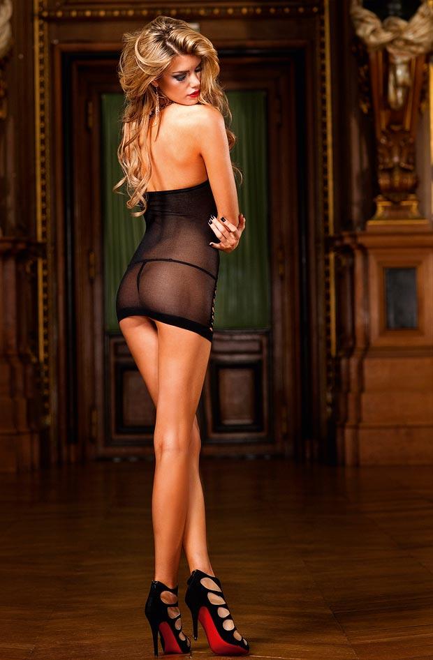 Чудесный эротический тонкий бюстгальтер на красивой девушке в нижнем белье