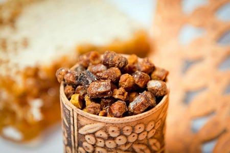 Перга пчелиная: полезные свойства и как принимать. Чем полезна перга